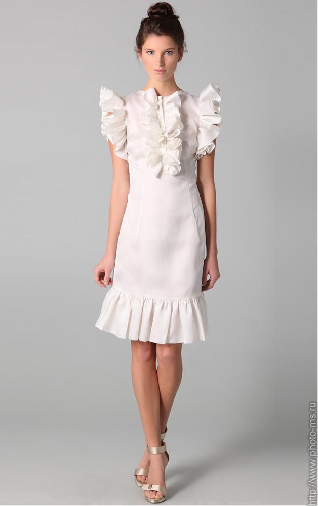 Модель для каталога платьев